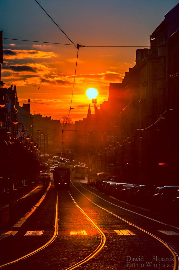 zabrze ulica wolności zachód słońca