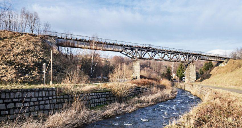 kolej bystrzycka most