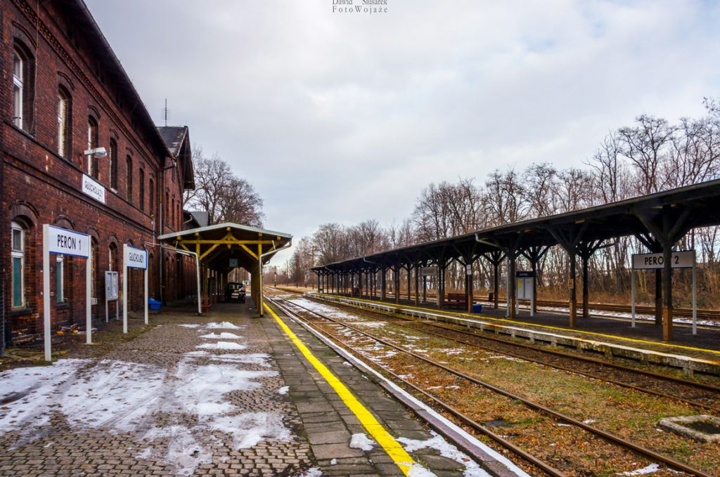 stacja kolejowa głuchołazy
