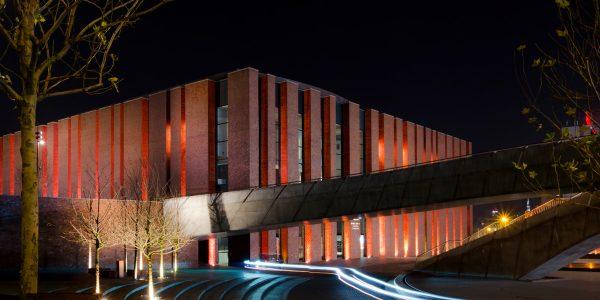 jak robić dobre zdjęcia nocą - filharmonia nospr katowice