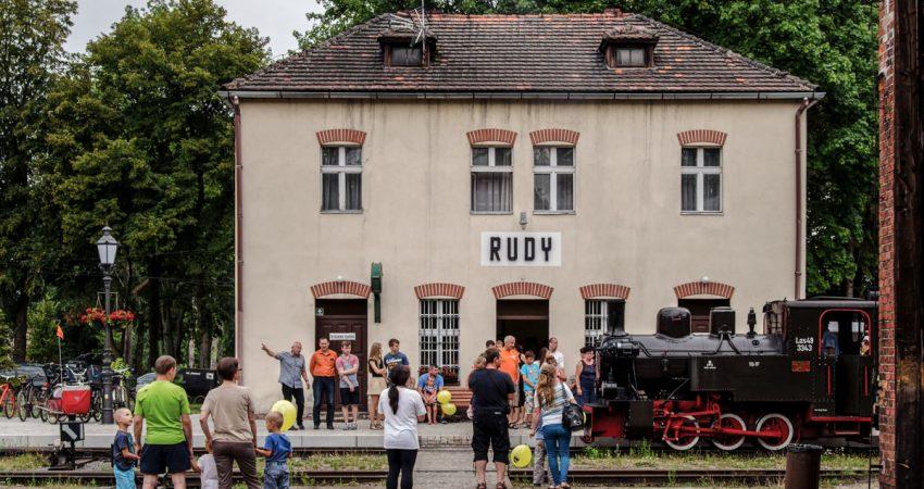 kolejka w rudach - dworzec