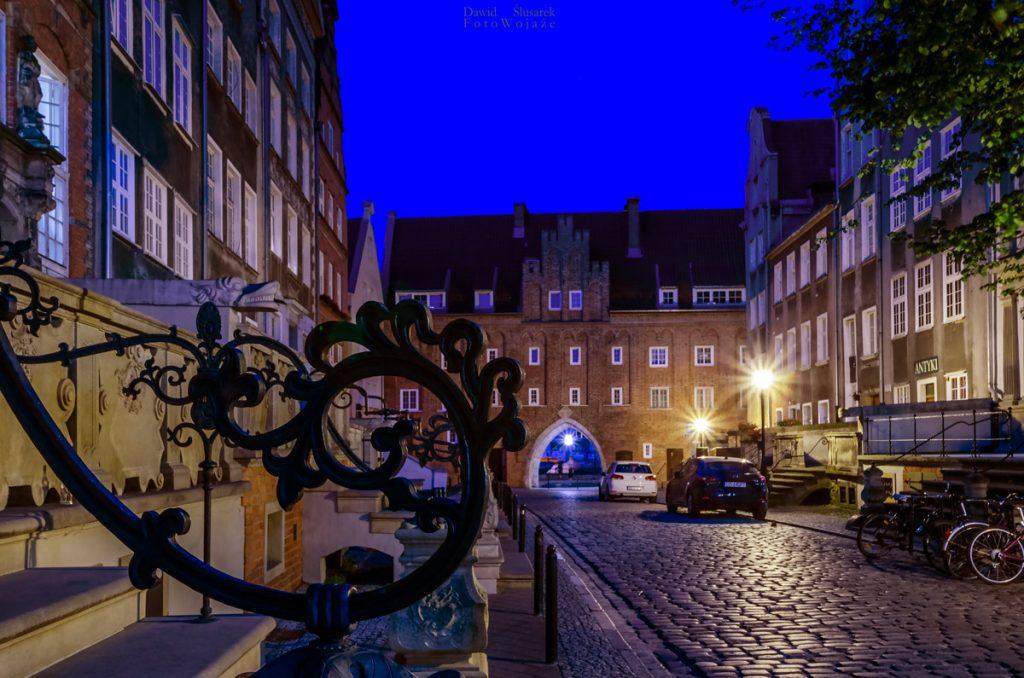wyspa spichrzów w gdańsku oraz ulica mariacka